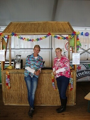 Tropical Party met cocktail bar www.funenpartymatch.nl
